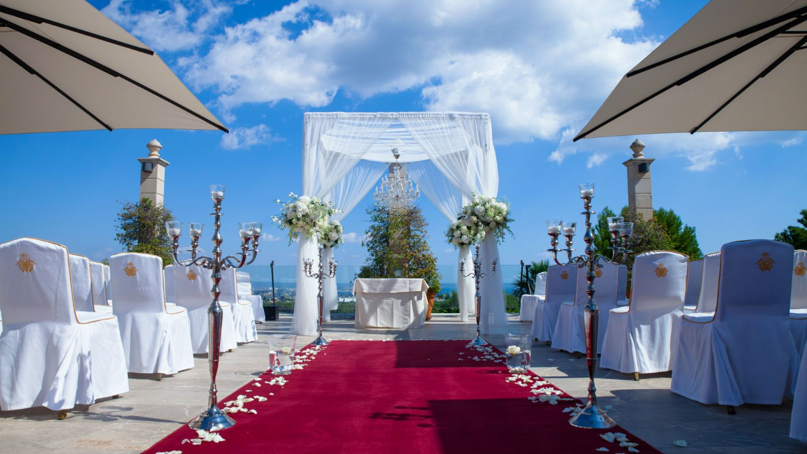 Get married in Majorca at the beautiful Castillo Son Vida Hotel